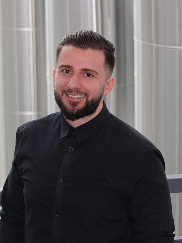 Michael Konjuhaj –InCar Oy